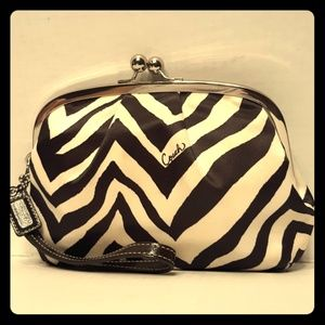 Rare XL Coach Zebra Stripe sateen Kisslock wristle